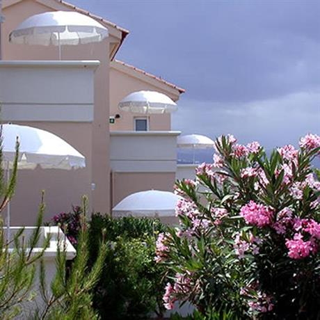 Tersanas Beach Lodges