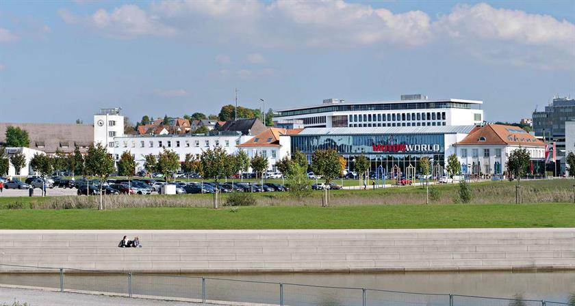 V8 Hotel Motorworld Region Stuttgart