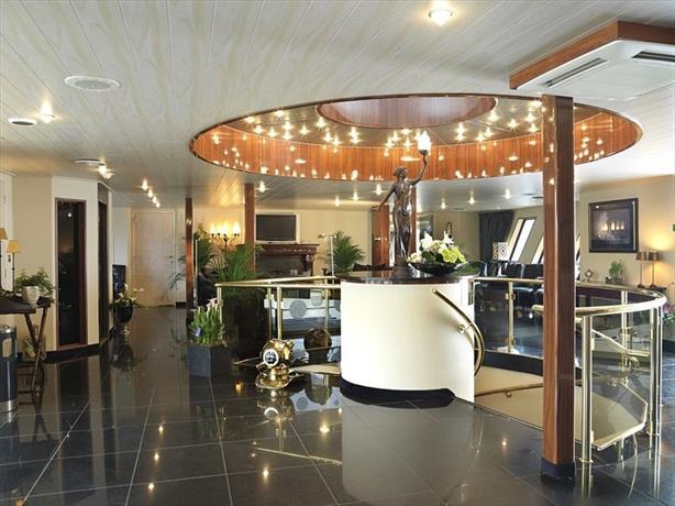Crossgates Hotelship 3 Star - Medienhafen - Dusseldorf