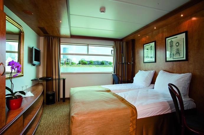 Crossgates Hotelship 3 Star - Messe - Dusseldorf