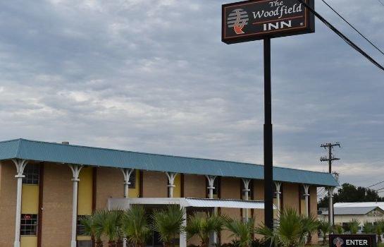 Woodfield Inn & Suites
