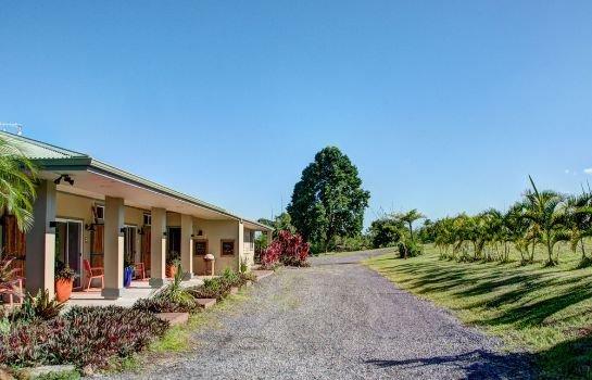 Mahana House Country Inn