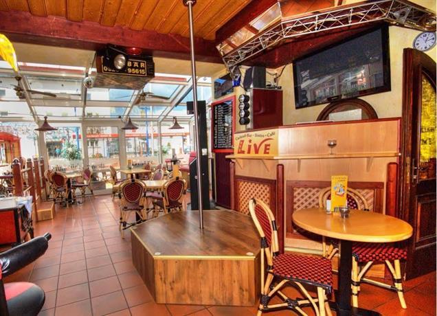 Meister BAR HOTEL Fichtelgebirge, Marktredwitz - Compare Deals