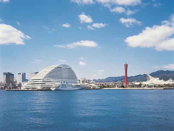 About Kobe Meriken Park Oriental Hotel