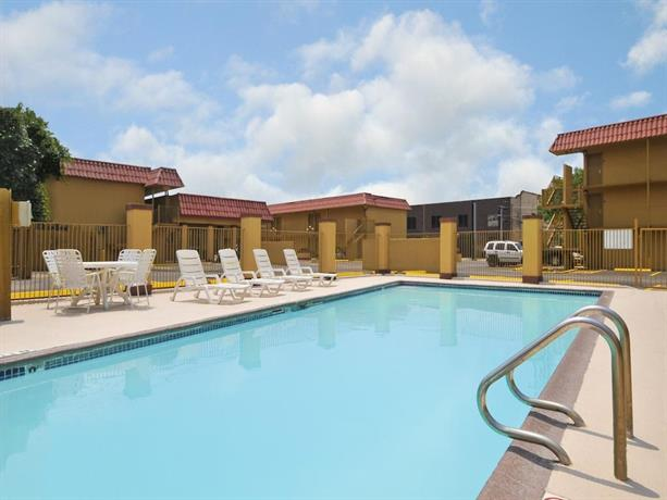 The Inn At Alamo Riverwalk Convention Center San Antonio Compare Deals