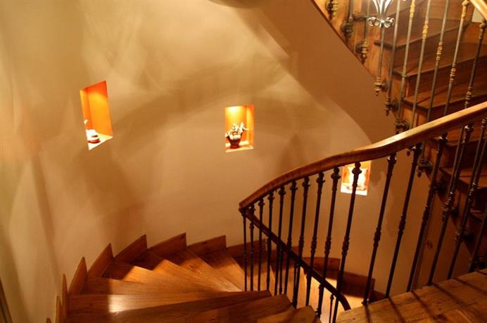 l 39 oreiller d 39 hadrien compare deals. Black Bedroom Furniture Sets. Home Design Ideas