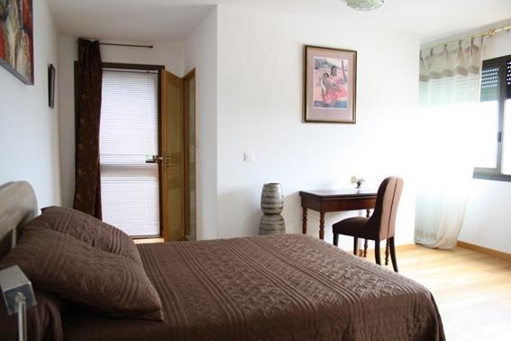 chambres d 39 hotes le vieux chene ajaccio compare deals. Black Bedroom Furniture Sets. Home Design Ideas