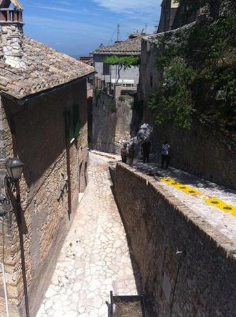 Casa in Calvi dell Umbria