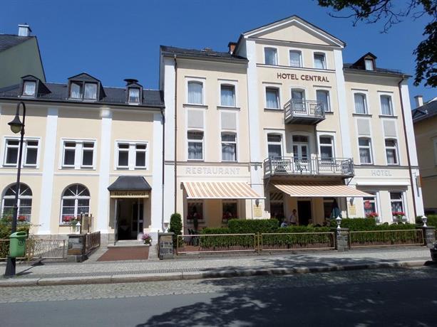 Hotel central bad elster comparer les offres for Comparer les hotels