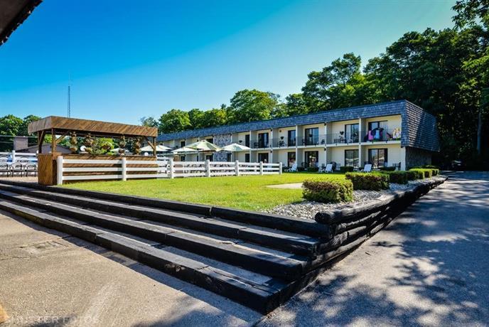 Knight's Inn Motel Sauble Beach