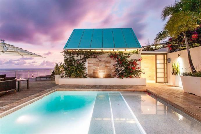 CeBlue Villas & Beach Resort