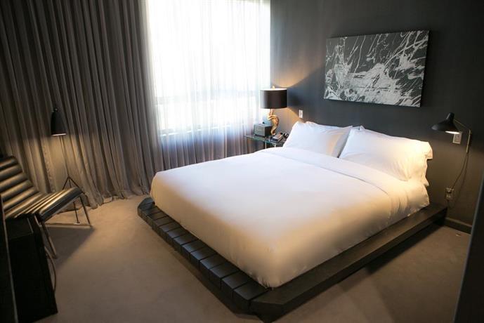 Tuck Hotel