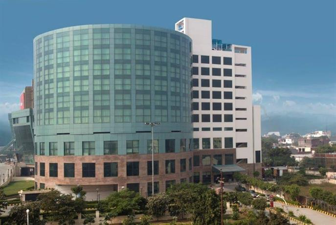Hotel Savoy Suites Greater Noida