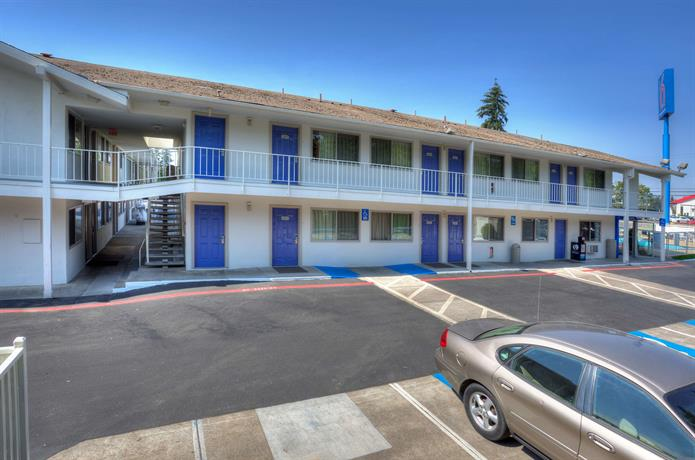 Motel 6 Portland South - Lake Oswego Tigard