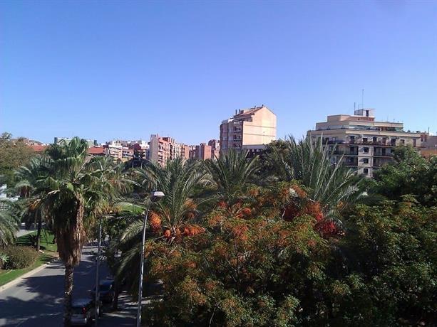Homestay in En Corts near Plaza de Toros Valencia