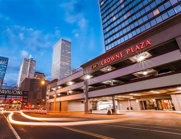 Crowne Plaza Hotel Denver