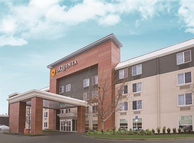 La Quinta Inn & Suites Detroit/Utica
