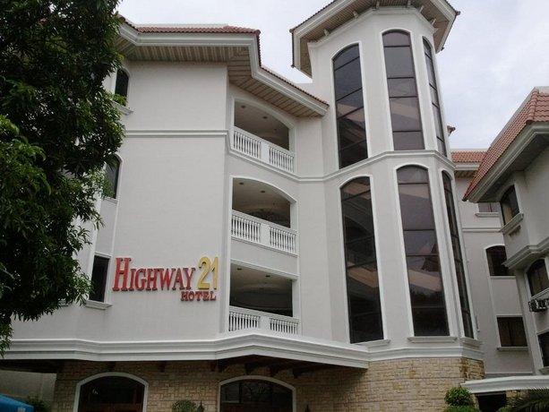 Highway 21 Hotel