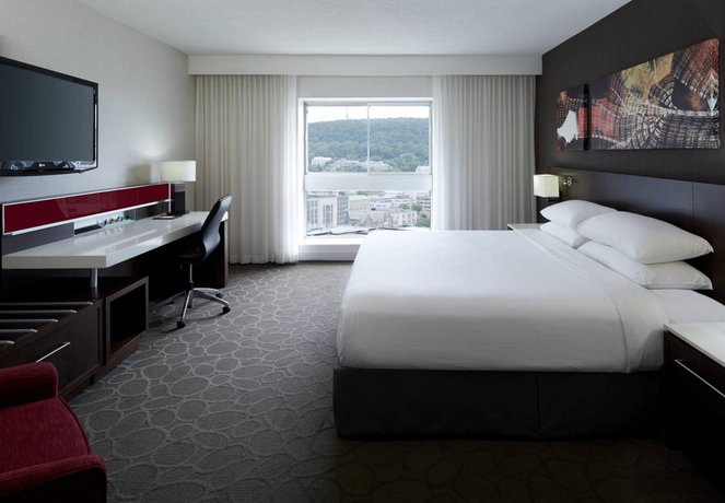 Delta Hotels Montreal by Marriott