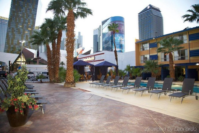 Travelodge By Wyndham Las Vegas Center Strip Compare Deals