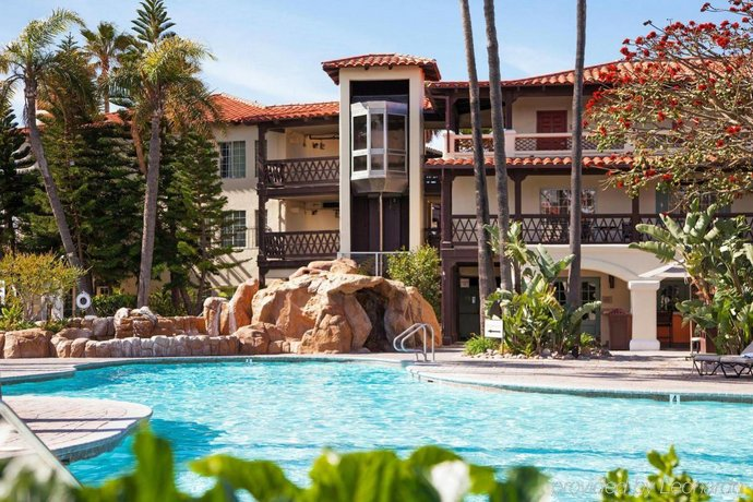 Embassy Suites Mandalay Beach Hotel & Resort, Oxnard - Compare Deals