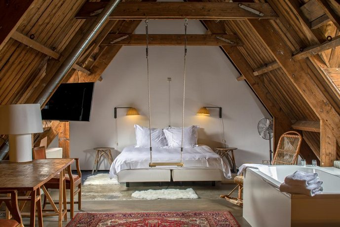 lloyd hotel amsterdam compare deals. Black Bedroom Furniture Sets. Home Design Ideas