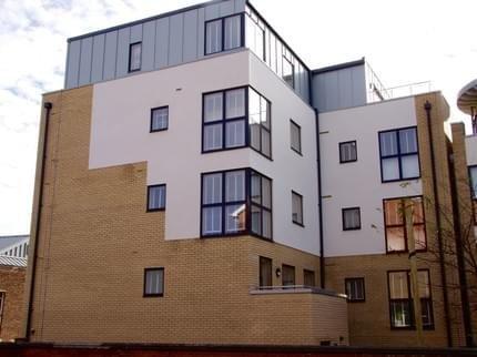 Lux Living Apartments - Florian House