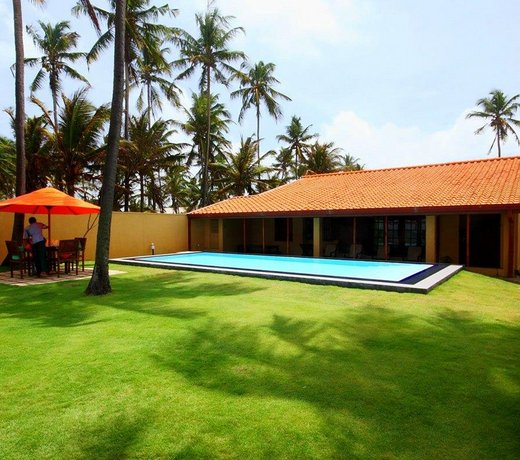 Hamilton Beach Villa