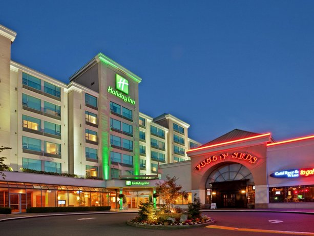 Vancouver Airport Hotels With Free  Hour Shuttle