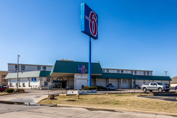 Motel 6 Tulsa