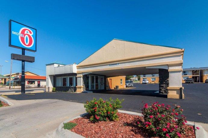 Motel  In Dodge City Kansas