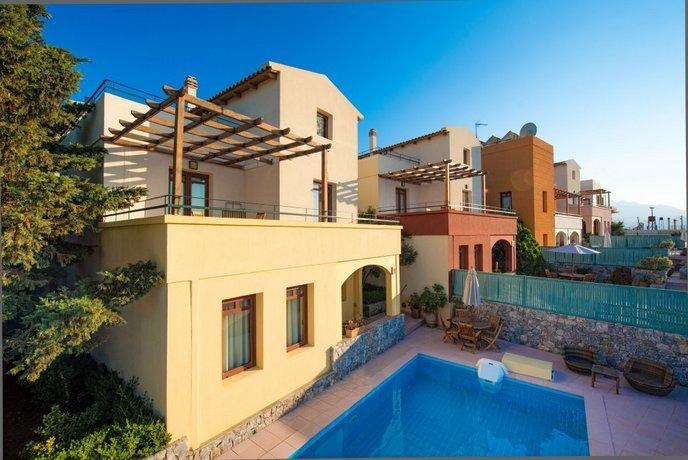 Odysseas Villa Plaka