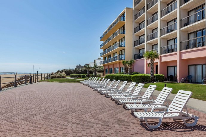 About Wyndham Virginia Beach Oceanfront