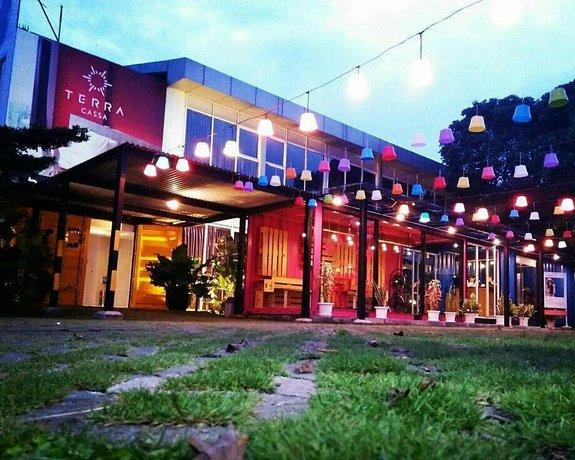 The kusma hotel semarang comparer les offres for Comparer les hotels