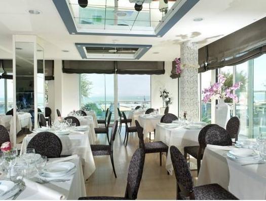 Hotel Kursaal Riccione - Offerte in corso