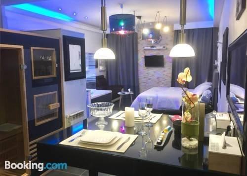 appart spa coeur de beaune confronta le offerte. Black Bedroom Furniture Sets. Home Design Ideas