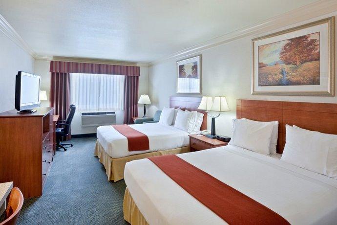 Hotel Rooms In Burlington Washington