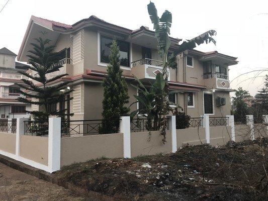 D'souza Lakeview Villa Vacation Home