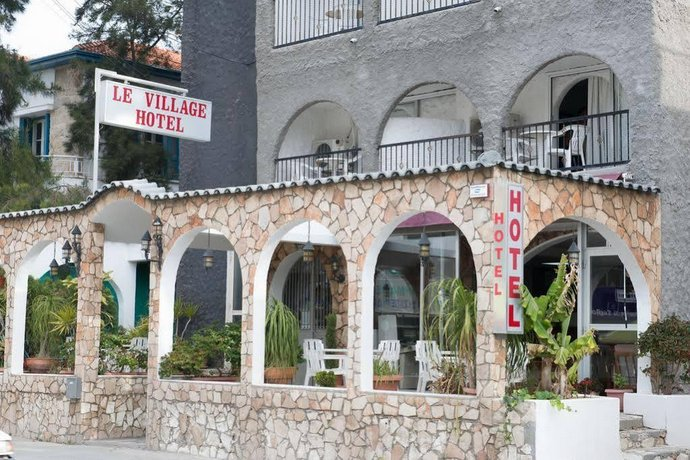 Le Village Hotel