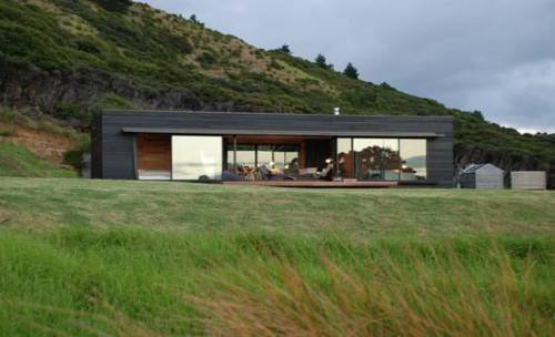 Oruawharo Cottage