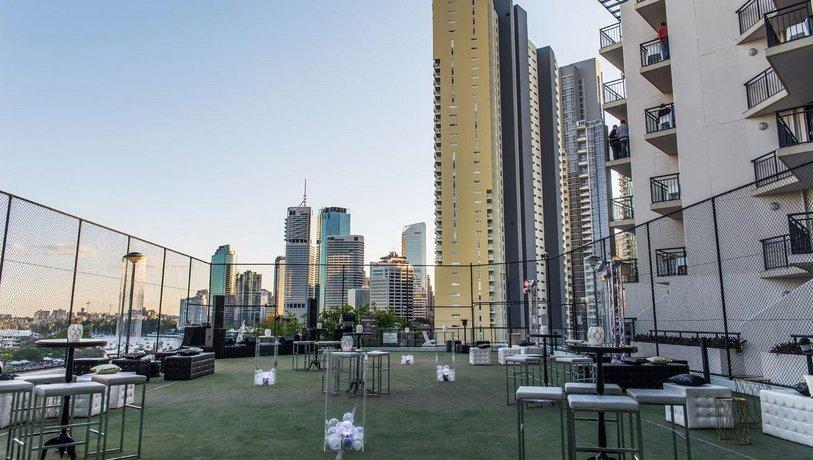Oakwood Hotel & Apartments Brisbane - Compare Deals