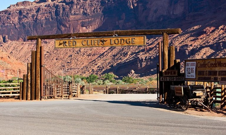Red Cliffs Lodge Moab