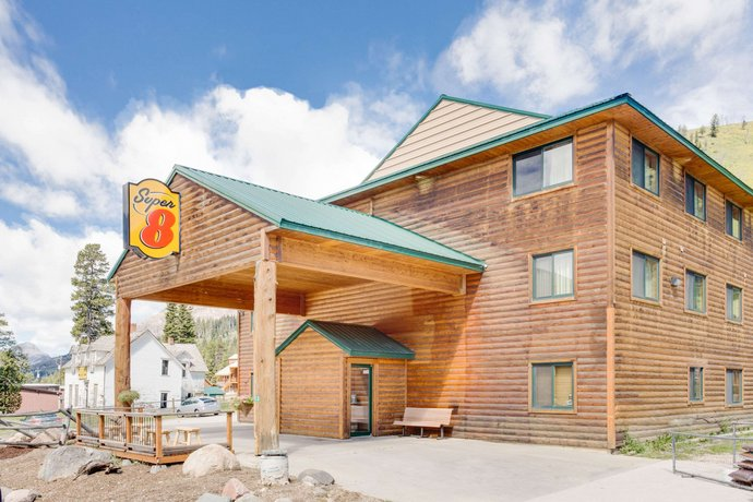 Super 8 Cooke City Yellowstone Park Area Cooke City