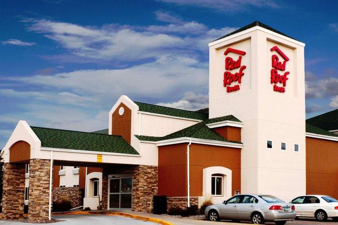 Red Roof Inn Fargo