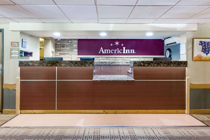 AmericInn Hotel & Suites Duluth South - Black Woods Convention Center