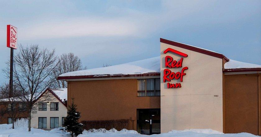 Jamestown Falconer Red Roof Inn
