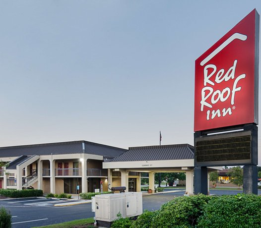 red roof inn wilmington nc compare deals. Black Bedroom Furniture Sets. Home Design Ideas