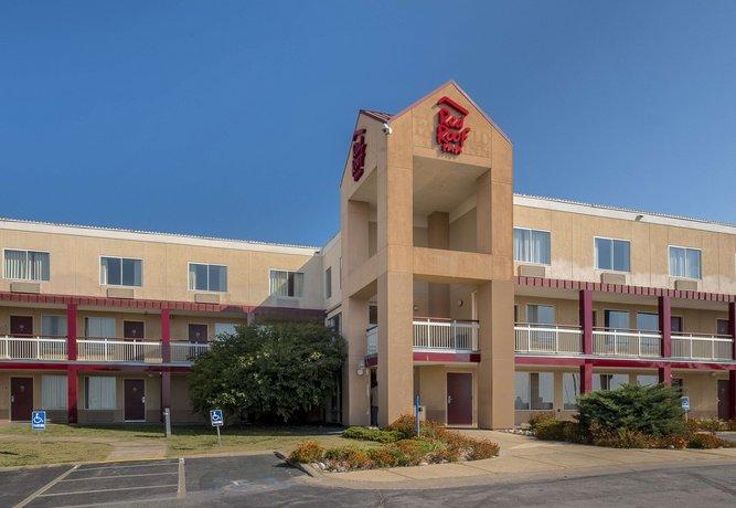 Red Roof Inn - Cedar Rapids