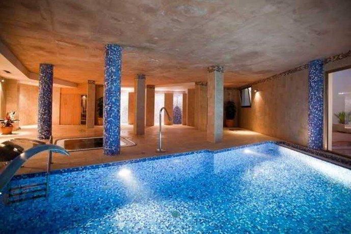 Apartamentos azul playa cala d 39 or for Apartamentos playa azul