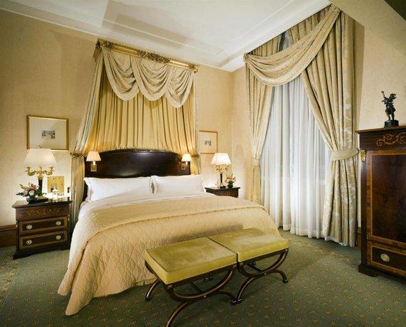 Howard Johnson by Wyndham Albany Hotel